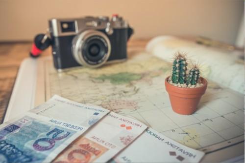 カメラと地図とお金
